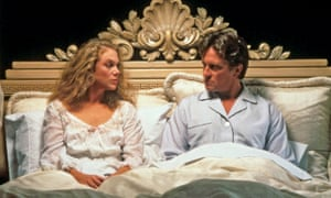 Kathleen Turner and Michael Douglas in The War of the Roses