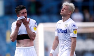 Leeds' home defeat to Wigan has handed the advantage to local rivals Sheffield United.