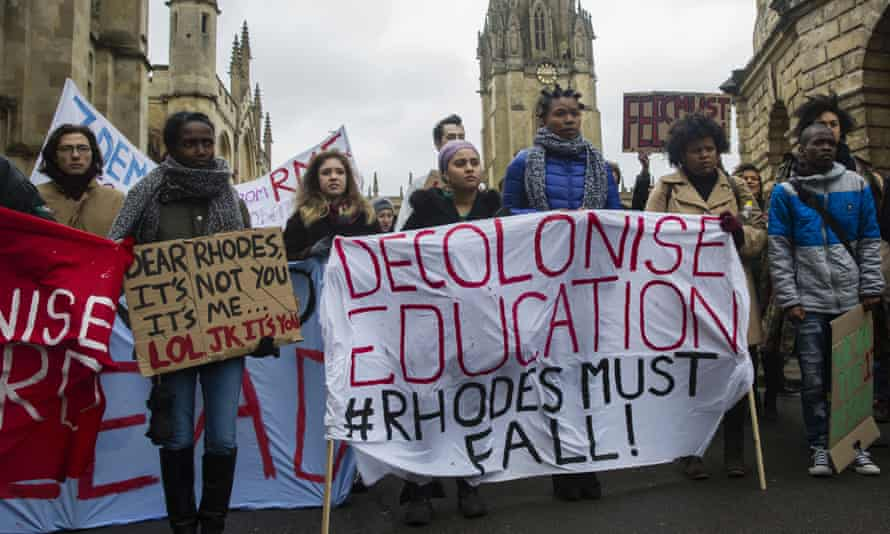 Students protested against a statue of Cecil Rhodes, a prominent coloniser, at Oxford University in 2016.