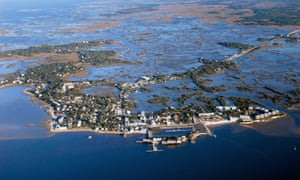 Causeway communities … much of the western Florida coastal fringe is backed by vast wetlands