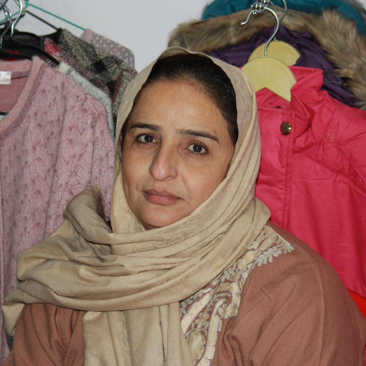 Pakistani wife pics