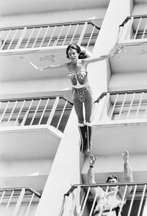 Kitty O'Neil performing for Wonder Woman. The script called for Wonder Woman to jump from a 12 story building.