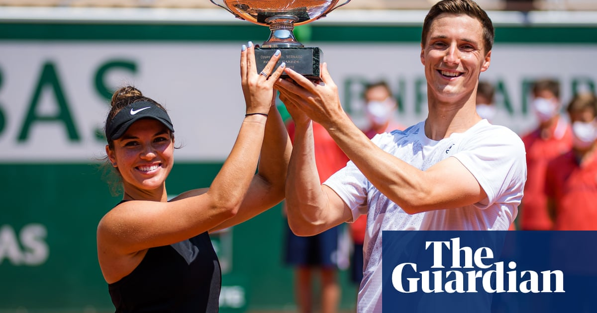 Britain's Joe Salisbury claims French Open mixed doubles with Krawczyk