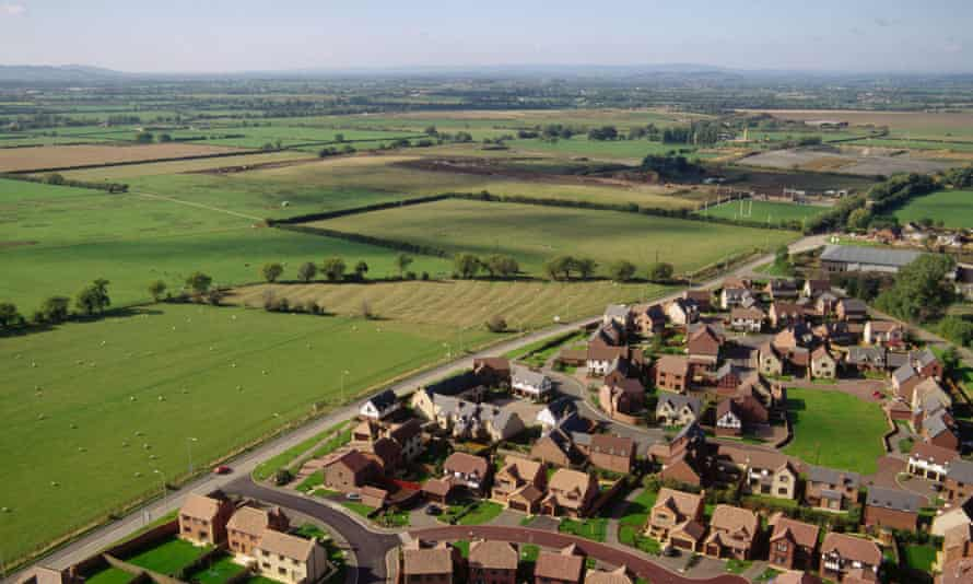 New housing at edge of town in Gloucestershire