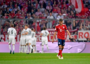 A dejected Thomas Müller during Gladbach's win.
