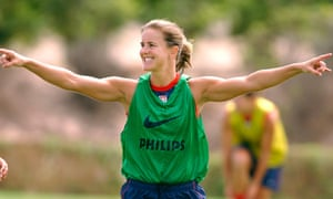Brandi Chastain directs her teammates during a USA training camp fin 2003.