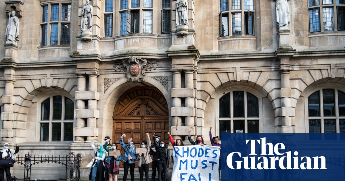 No 10 suggests Oxford students hit by Rhodes boycott should be compensated