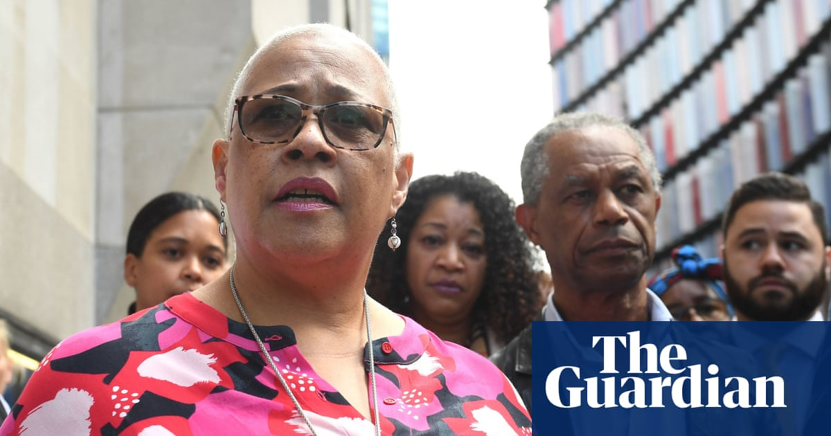 Mother of murdered sisters backed by ex-police chiefs over bias claim