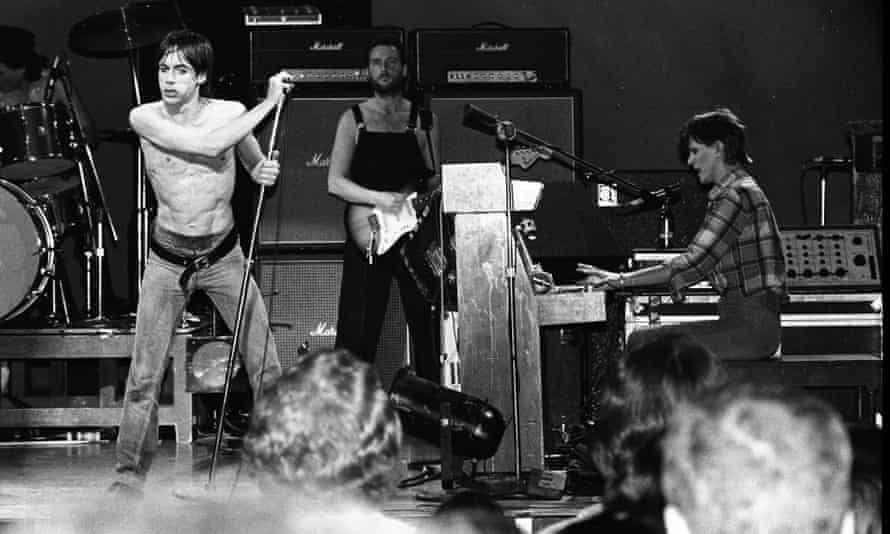 Iggy Pop onstage with David Bowie in San Francisco, 1978.