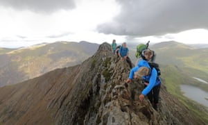 Walkers tackling Crib Goch ridge
