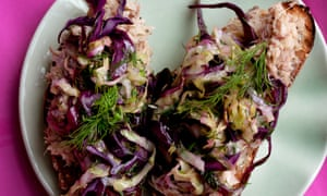 Mackerel toasts with dill cabbage.