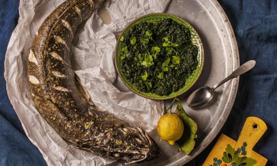Whole roast hake with kindzmari sauce