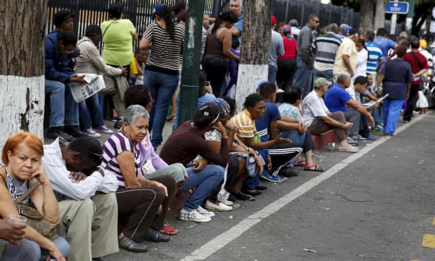 A queue outside Bicentenario supermarket in Caracas