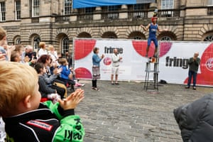 Street Performers seen on the Royal Mile