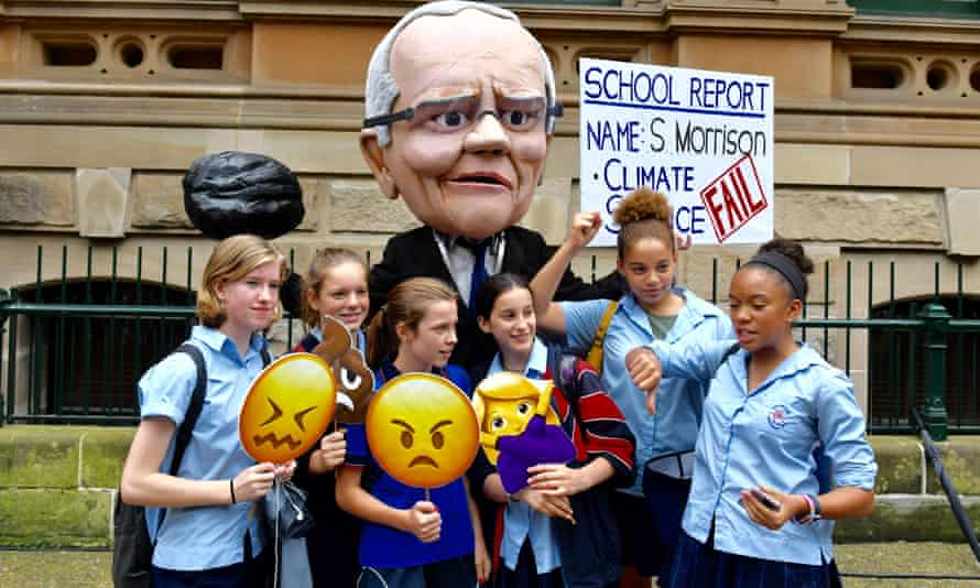 School students at the #ClimateStrike rally. The Australian Conservation Foundation's climate change policy score card rates the Coalition 4/100