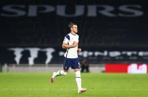 Bale vient en remplacement.