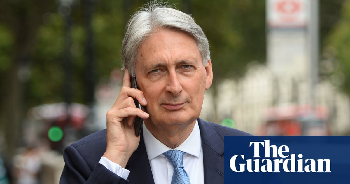 Philip Hammond adds cryptocurrency role to post-Treasury jobs list
