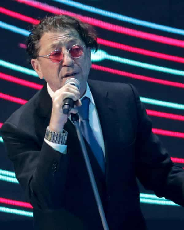 Vedomosti reported that Mikhail Mishustin has penned several songs for Grigor Leps, a popular singer.