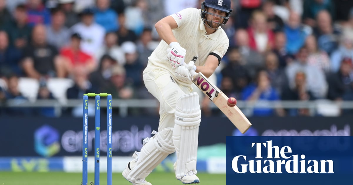 Robinson, Leach and Malan earn England central contracts but not Sibley