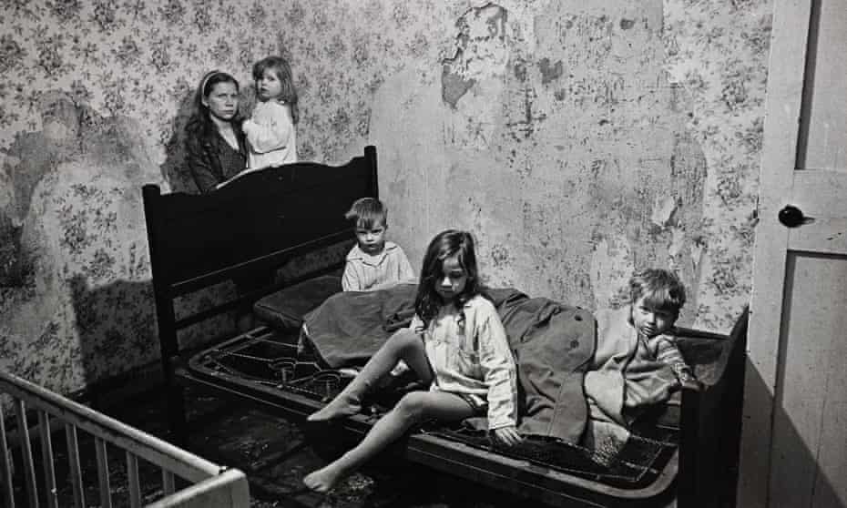 Make Life Worth Living: Nick Hedges' photographs for Shelter, 1969-72. This Balsall Heath family lived with no bathroom, no heating, no hot water and extensive damp. The snow lay thick outside and the windows were broken.