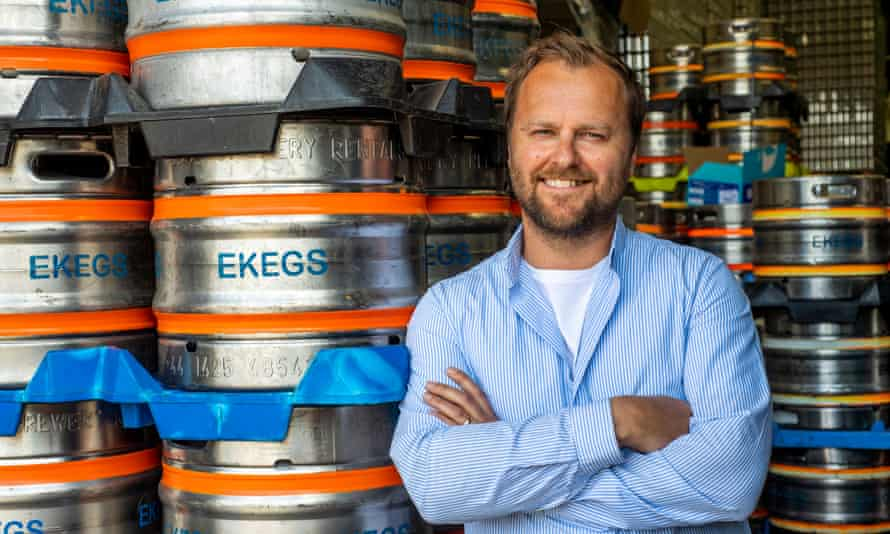 ریچ کریگ ، بنیانگذار Big Smoke Brew Co در اشر ، ساری.