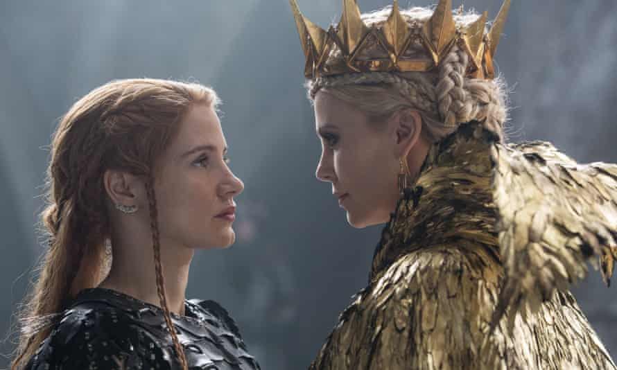 Jessica Chastain with Charlize Theron in The Huntsman: Winter's War.