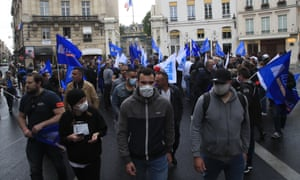 French police protesting in front of the interior ministry in Paris on Friday before the ban was overturned.