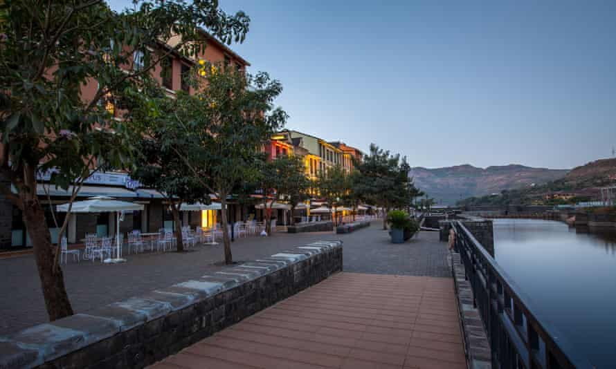 Lavasa's influences reportedly include the picturesque Italian fishing village Portofino, for which this street is named.