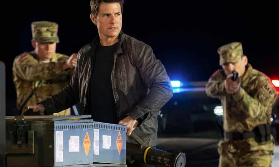 Tom Cruise as the hero in Jack Reacher: Never Go Back.