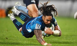Ma'a Nonu scores for the Blues in Auckland.