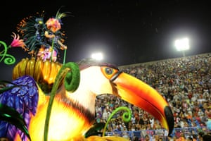 The Paraiso do Touiuti samba school