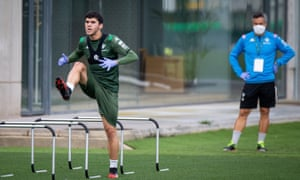 The Real Betis midfielder Carles Aleñá trains at the Luis del Sol facility in Seville.
