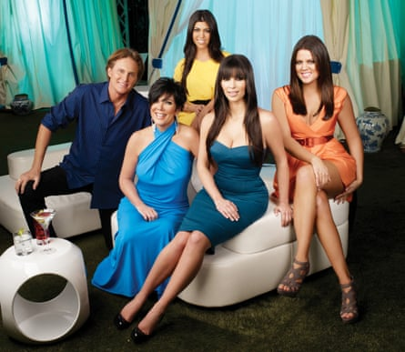 Tembakan publisitas untuk Keeping Up With the Kardashians, 2007: Bruce Jenner, Kris Jenner, Kourtney Kardashian, Kim Kardashian, Khloe Kardashian.