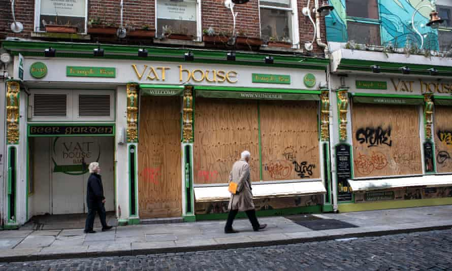 Boarded up pub in Dublin's Temple Bar district