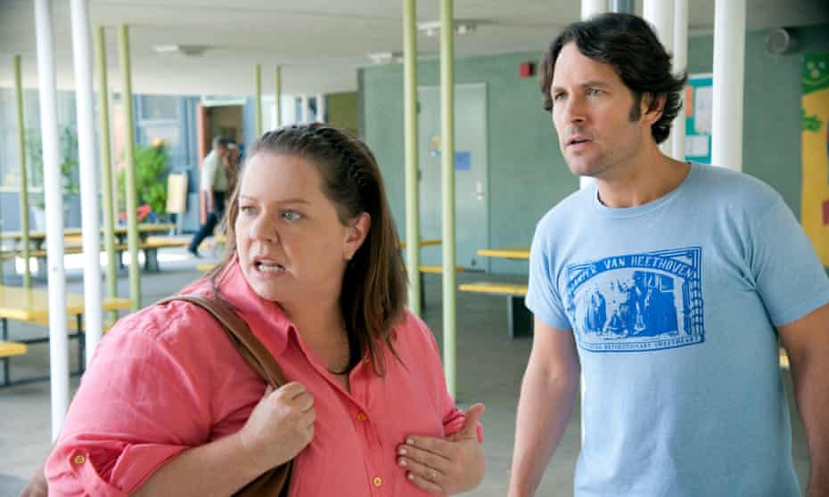 Melissa McCarthy with Paul Rudd in This is 40