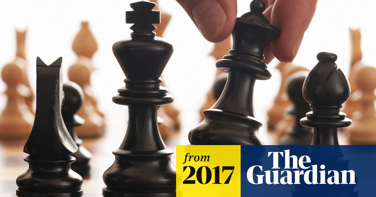 AlphaZero AI beats champion chess program after teaching