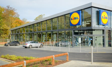 Lidl's first £2m store of the future will open on Thursday in Rushden, Northamptonshire.