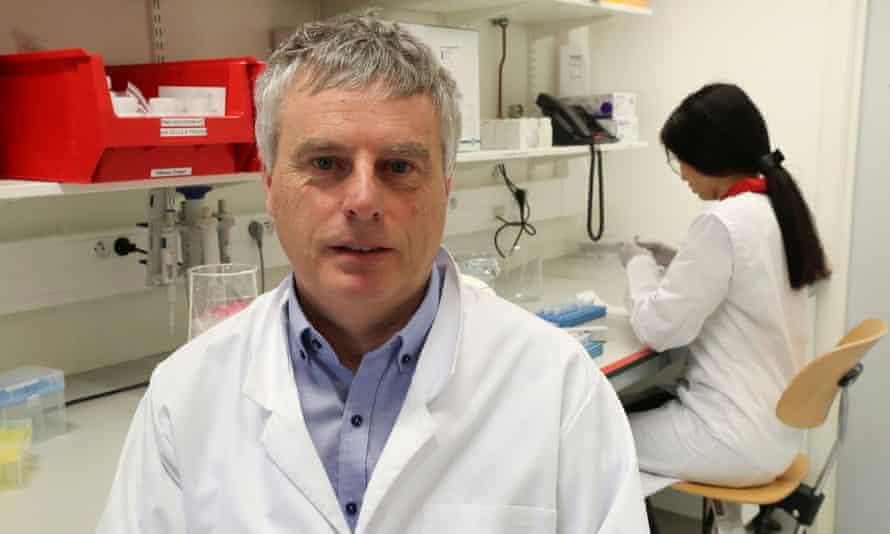 Prof Johan Neyts.