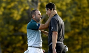 Justin Rose (R) and Sergio García after the 2017 Masters play-off.