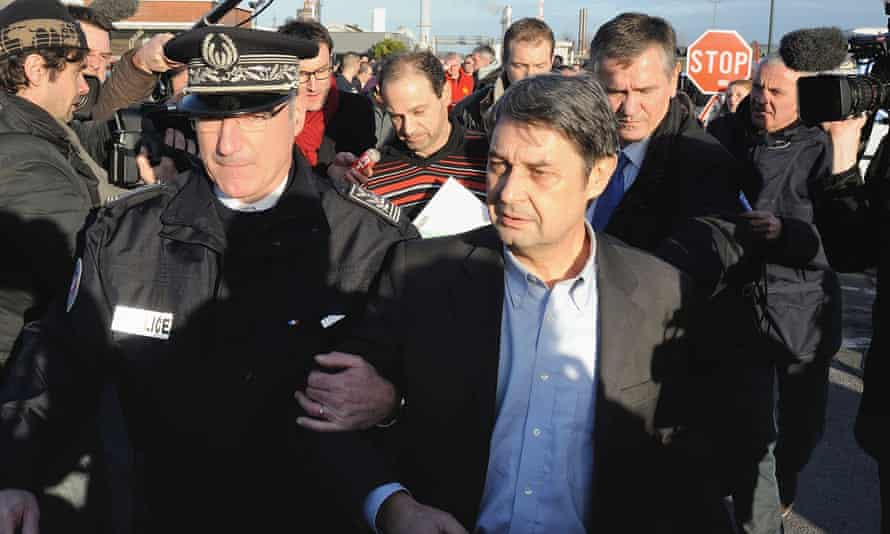 Bernard Glesser, human resources director of the Goodyear factory of Amiens, is released after his ordeal.