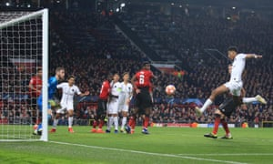 Presnel Kimpembe puts PSG 1-0 ahead at Manchester United