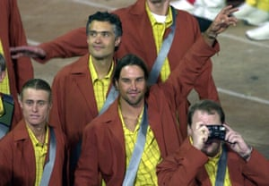 Tennis stars Patrick Rafter and Lleyton Hewitt at the Opening Ceremony.