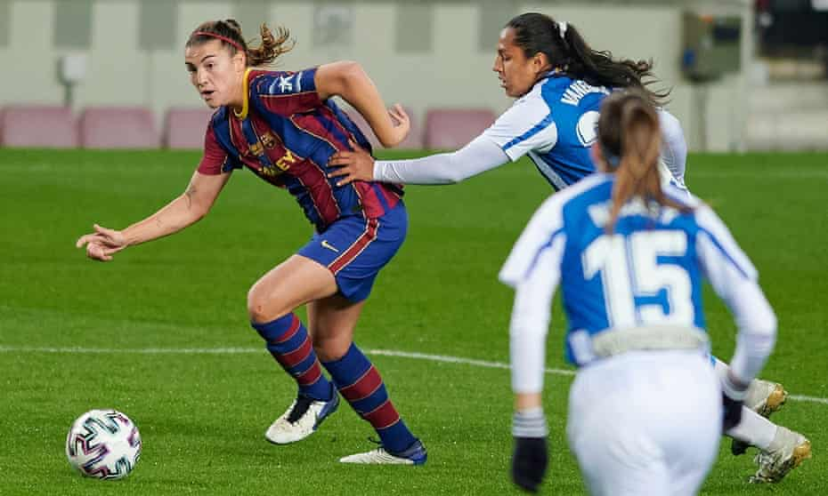 Barcelona's Patri Guijarro surges forward during the Primera Iberdrola match against Espanyol at the Camp Nou in January