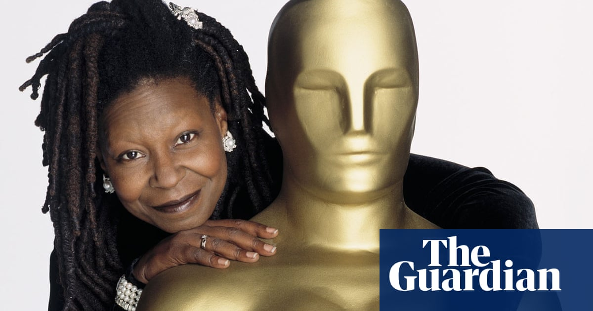 Oscars 2019 Theories Circulate That Whoopi Goldberg Is Secret Host