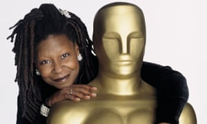 Whoopi Goldberg and Oscar in 2002.