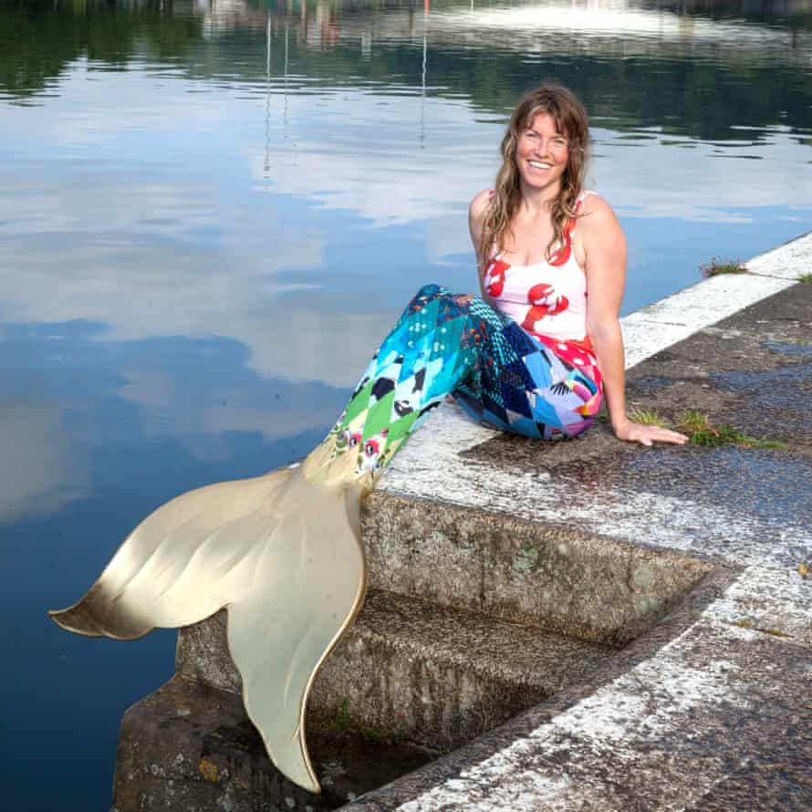 Rebel swimmer Lindsey Cole with mermaid tale.