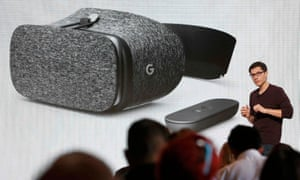 Clay Bavor introduces the Daydream View VR headset.