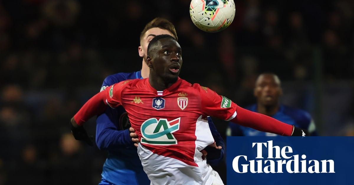 Leeds United sign French striker Jean-Kévin Augustin
