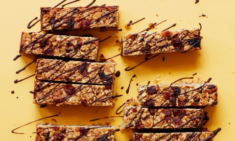 Liam Charles' recipe for power-up bars