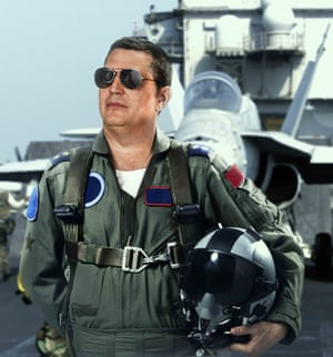 Gary Anderson in  Top Gun